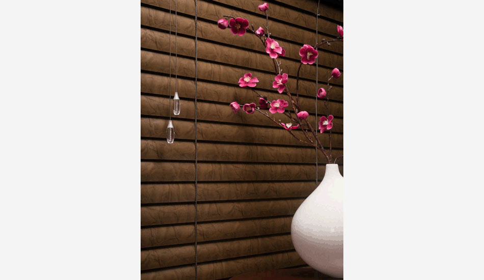 The marble pattern on these blinds add the wow factor