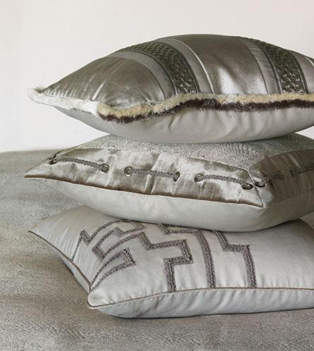ea-ezra-pillows